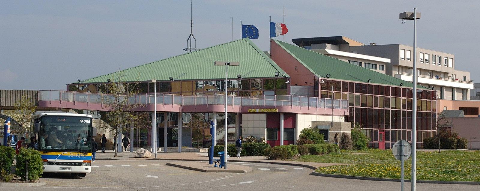 Gare routière Villefontaine