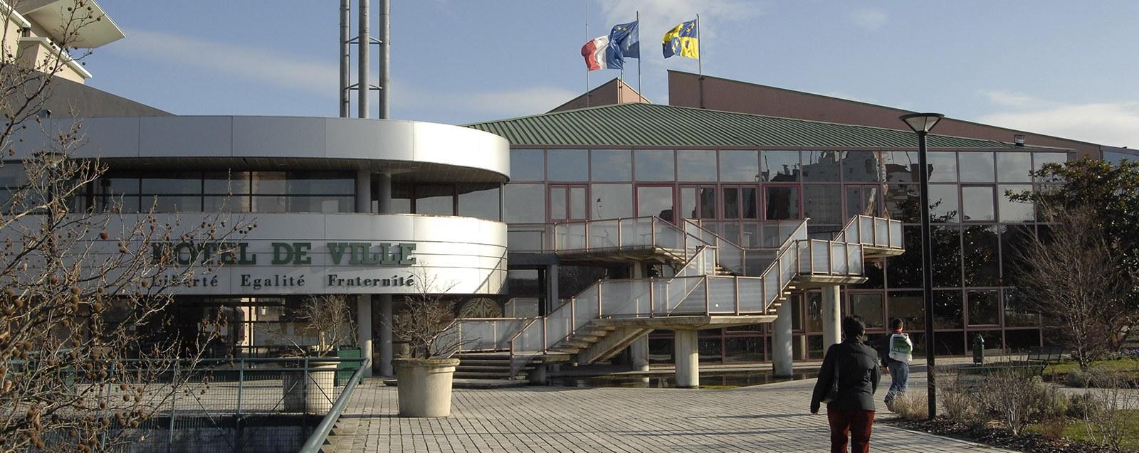 Mairie Villefontaine services