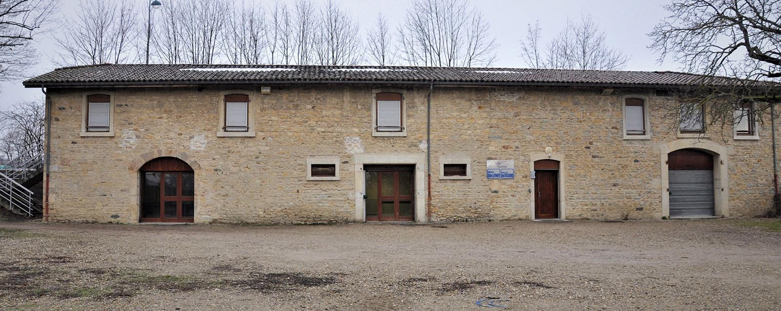 Salle Sadi Desquesnes, Villefontaine