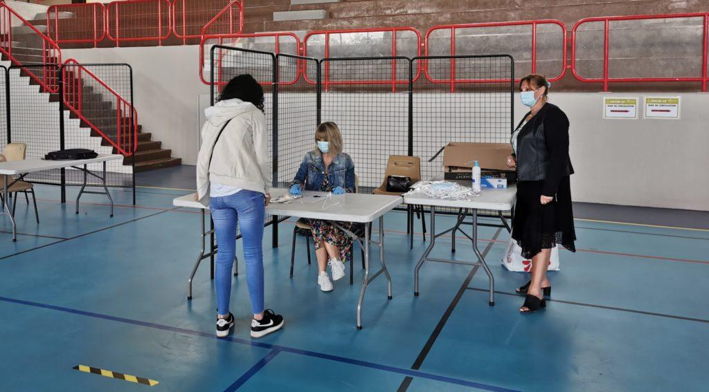 Distribution des masques de la Région au gymnase Alain Colas